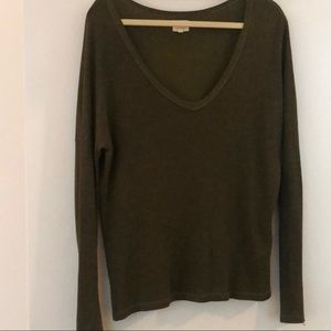 Sundry Long-sleeve V neck tee